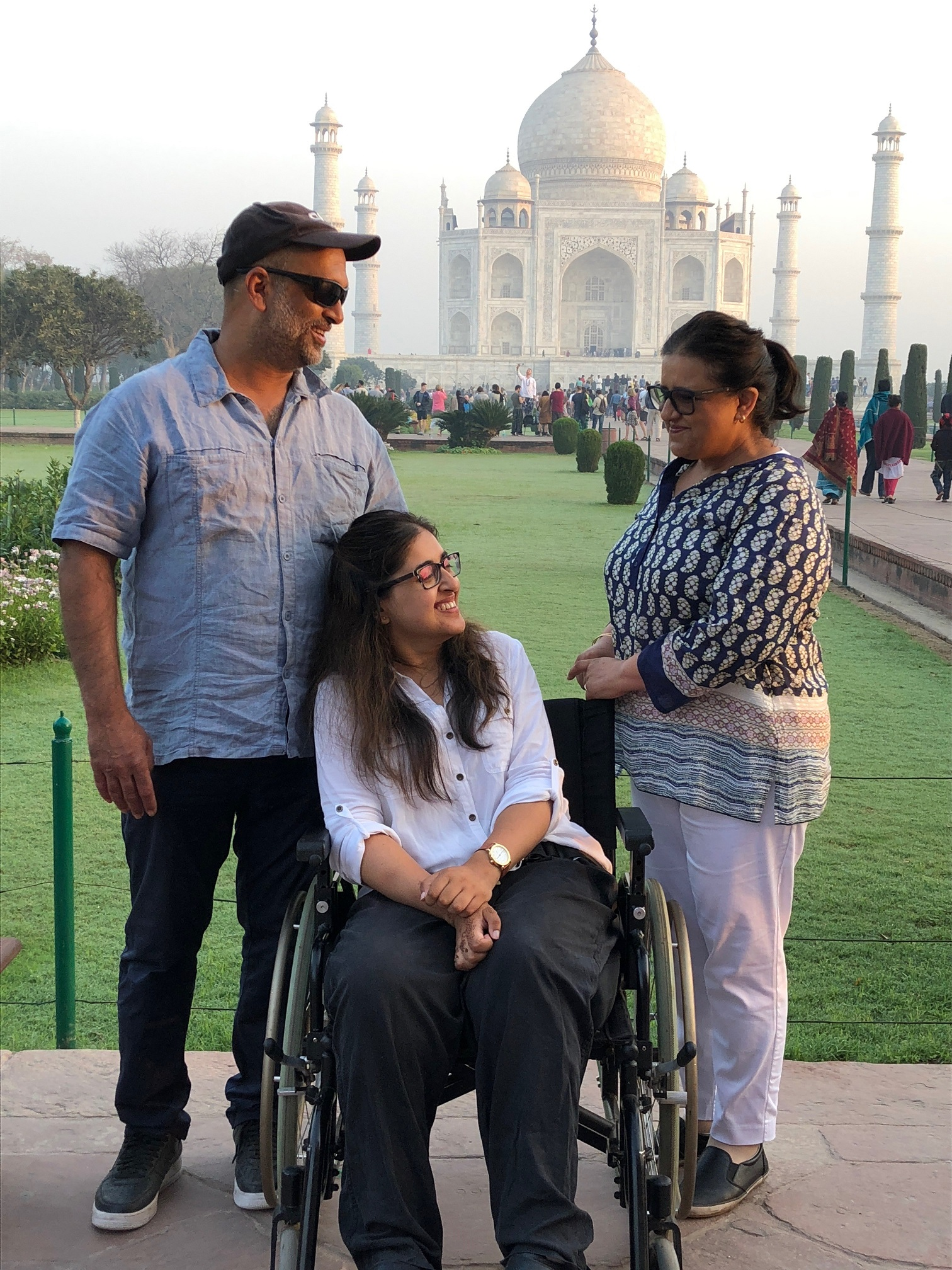 Latifa with her parents at Taj