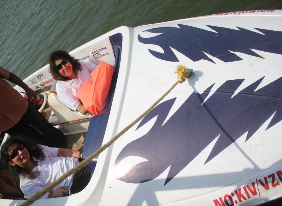 Sunita and Neenu inside the boat in water
